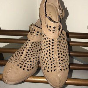 NWOT Open Booty  Sandal 👡